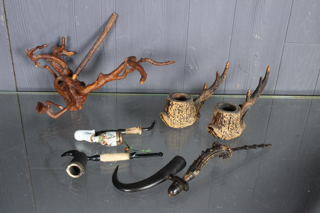 4 Piece Pipe Lot and 2 Antler Sticks