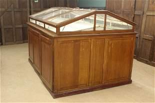 Continental Specimen Storage and Display Cabinet