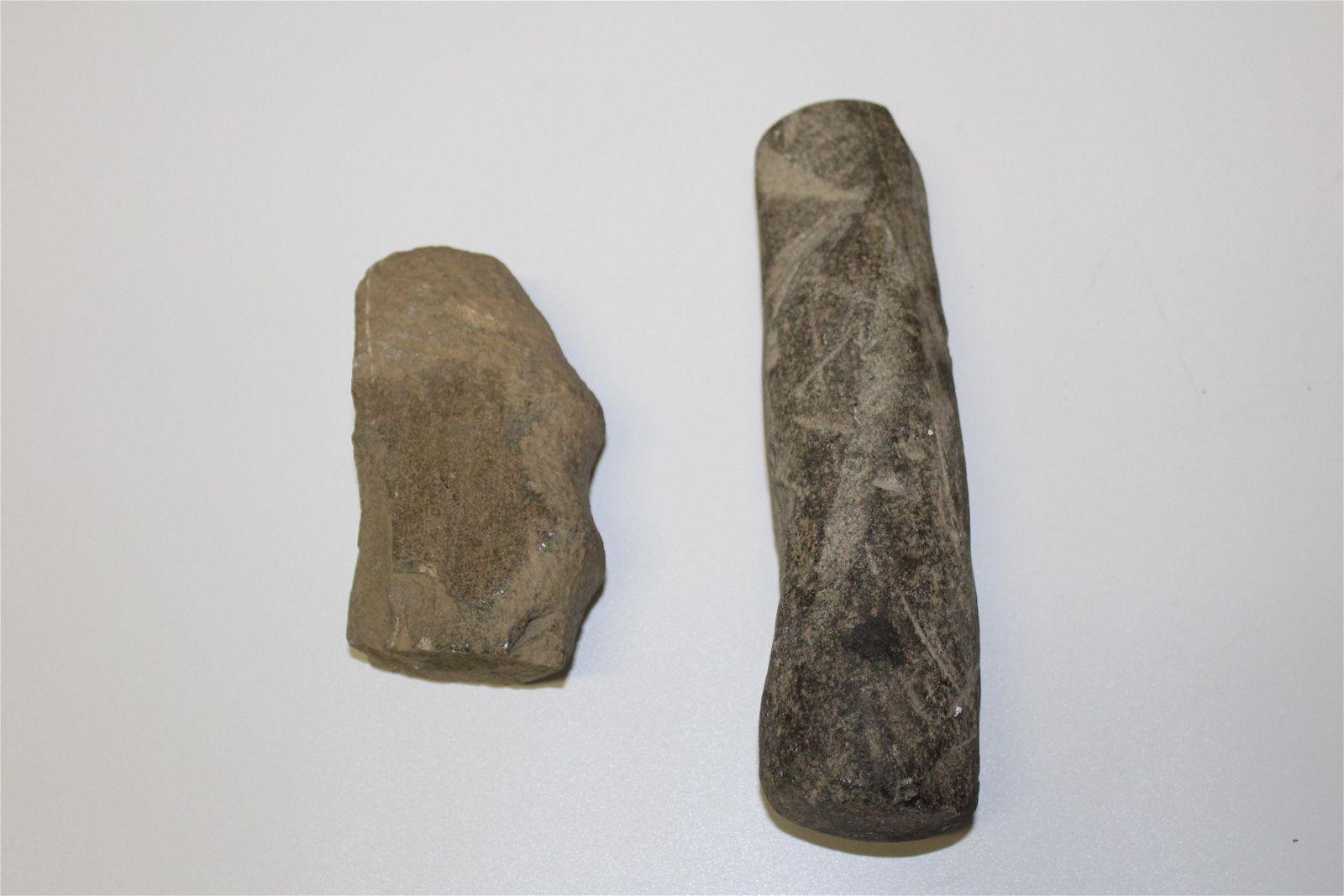 2 pcs Primitive Stone Implement Artifacts