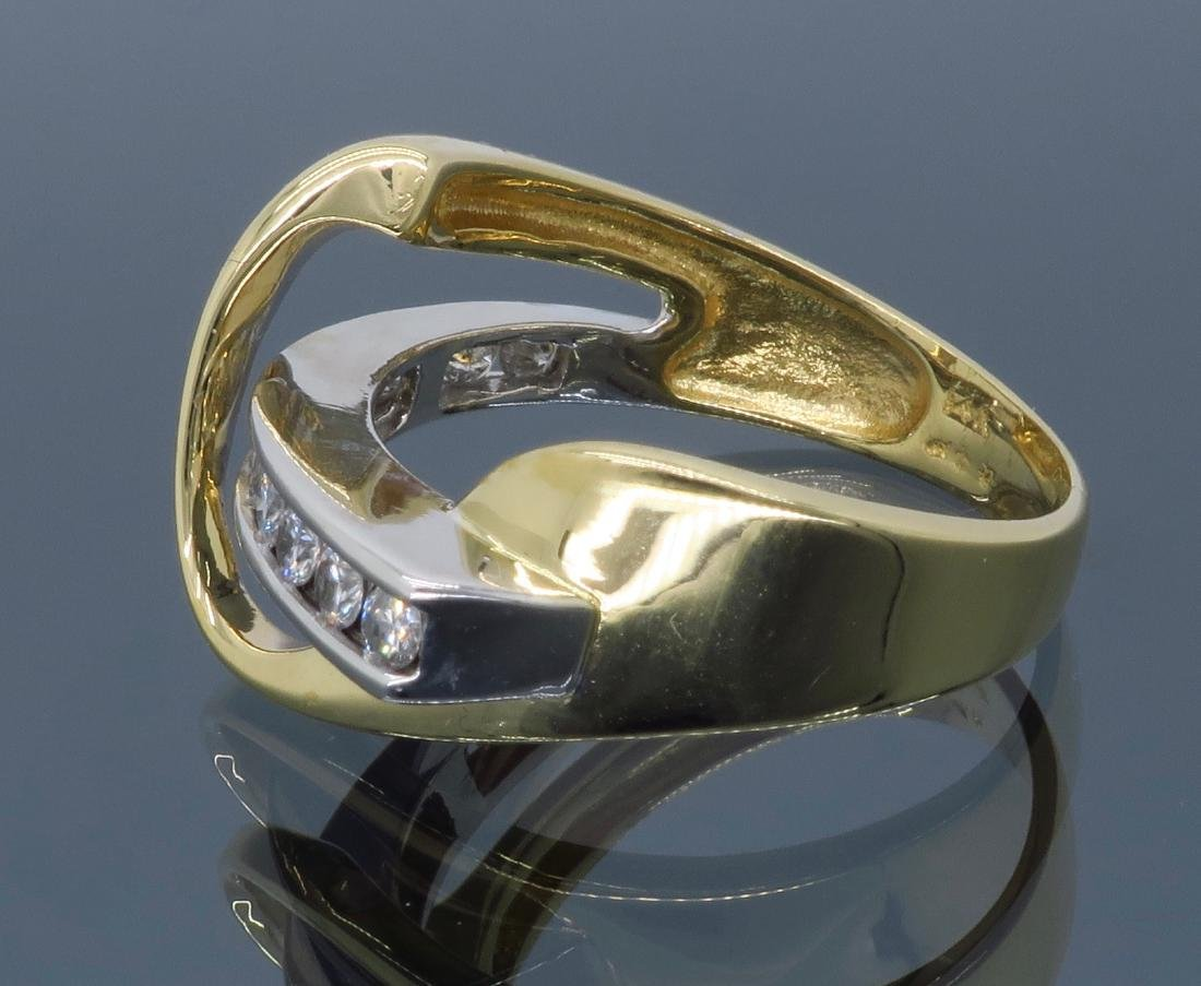 14KT Two Tone Gold 0.50ctw Diamond Ring - 7