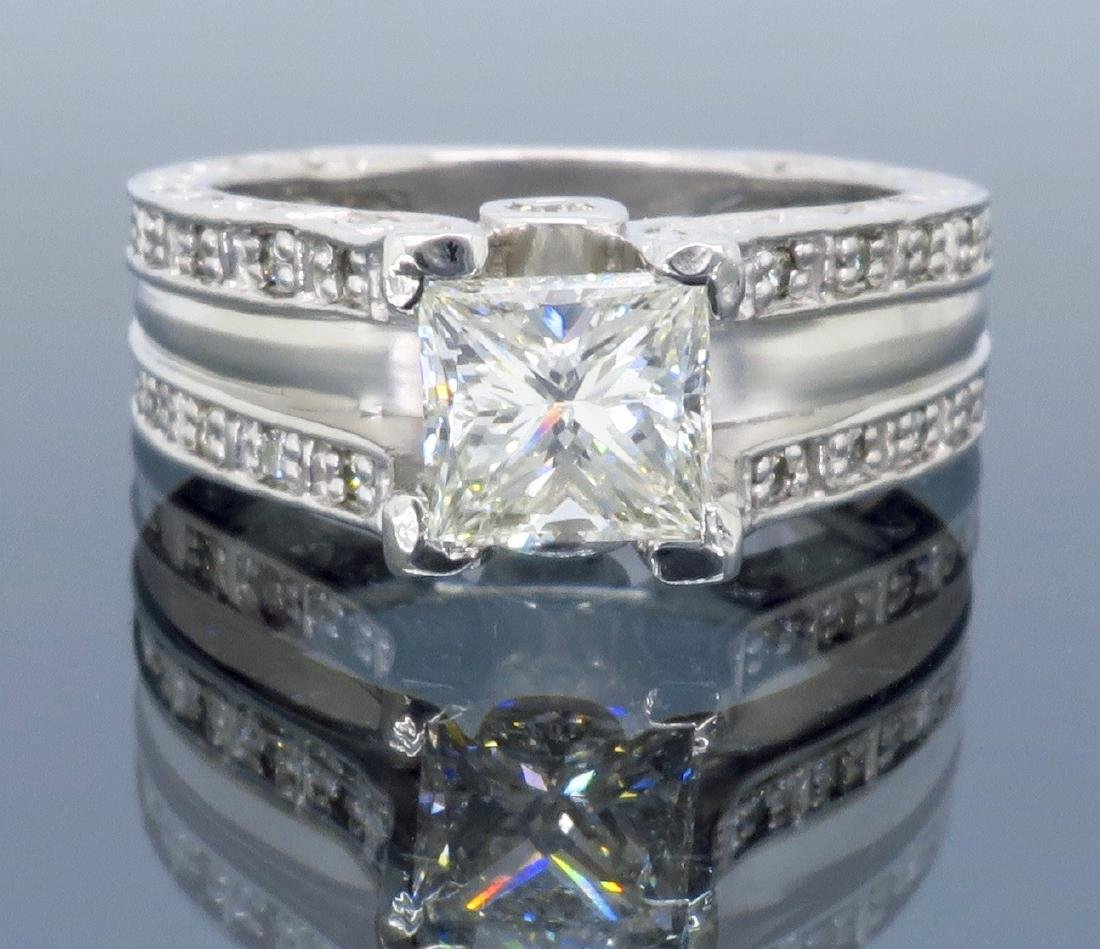 Platinum 1.75ctw Diamond Ring