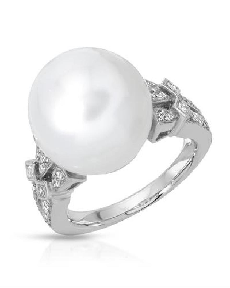 14KT White Gold 19.09ct Pearl and Diamond Ring