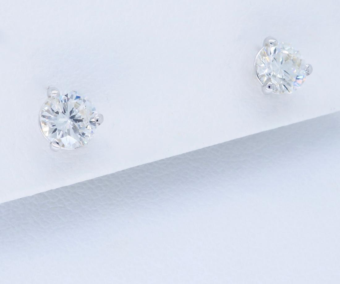 14KT White Gold 1.07ctw Diamond Earrings - 3