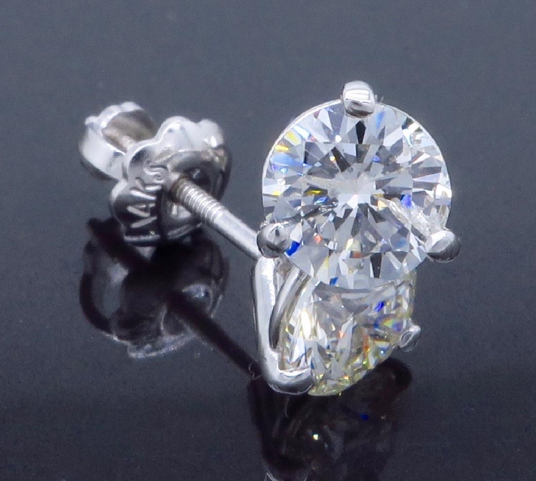 14KT White Gold 1.07ctw Diamond Earrings - 4