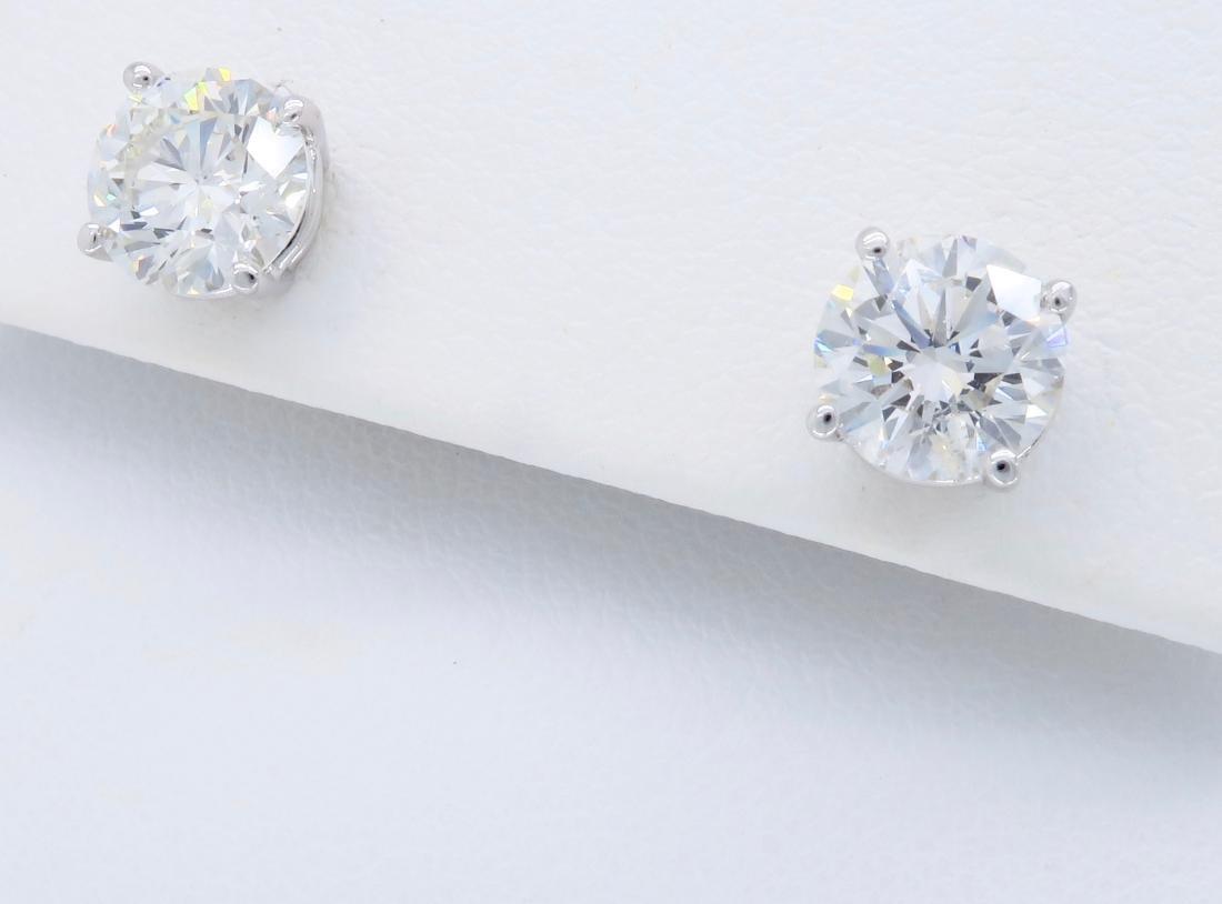 14KT White Gold 2.04ctw Diamond Stud Earrings - 2