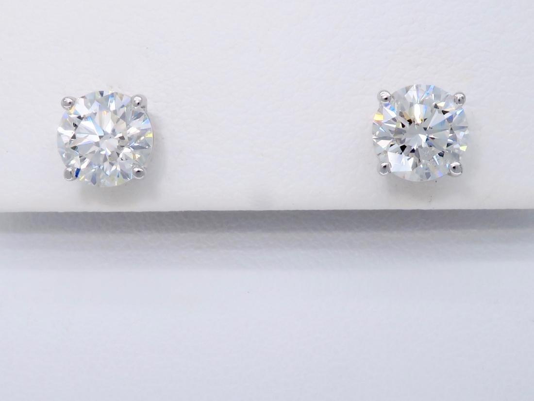 14KT White Gold 2.04ctw Diamond Stud Earrings - 3