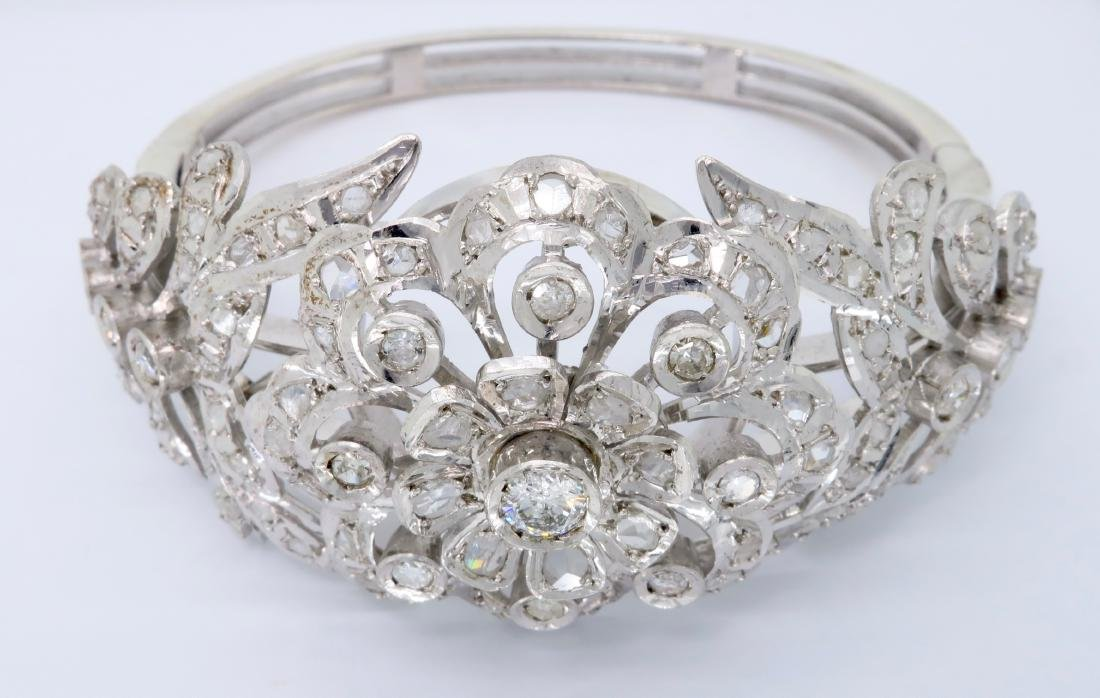 14KT White Gold 0.50ctw Diamond Bangle Bracelet