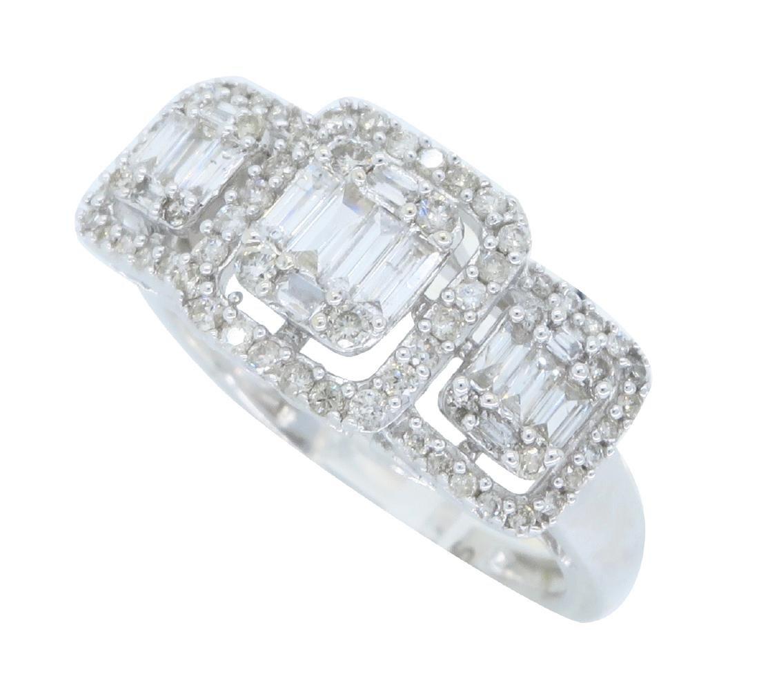 18KT White Gold 0.55ctw Diamond Ring