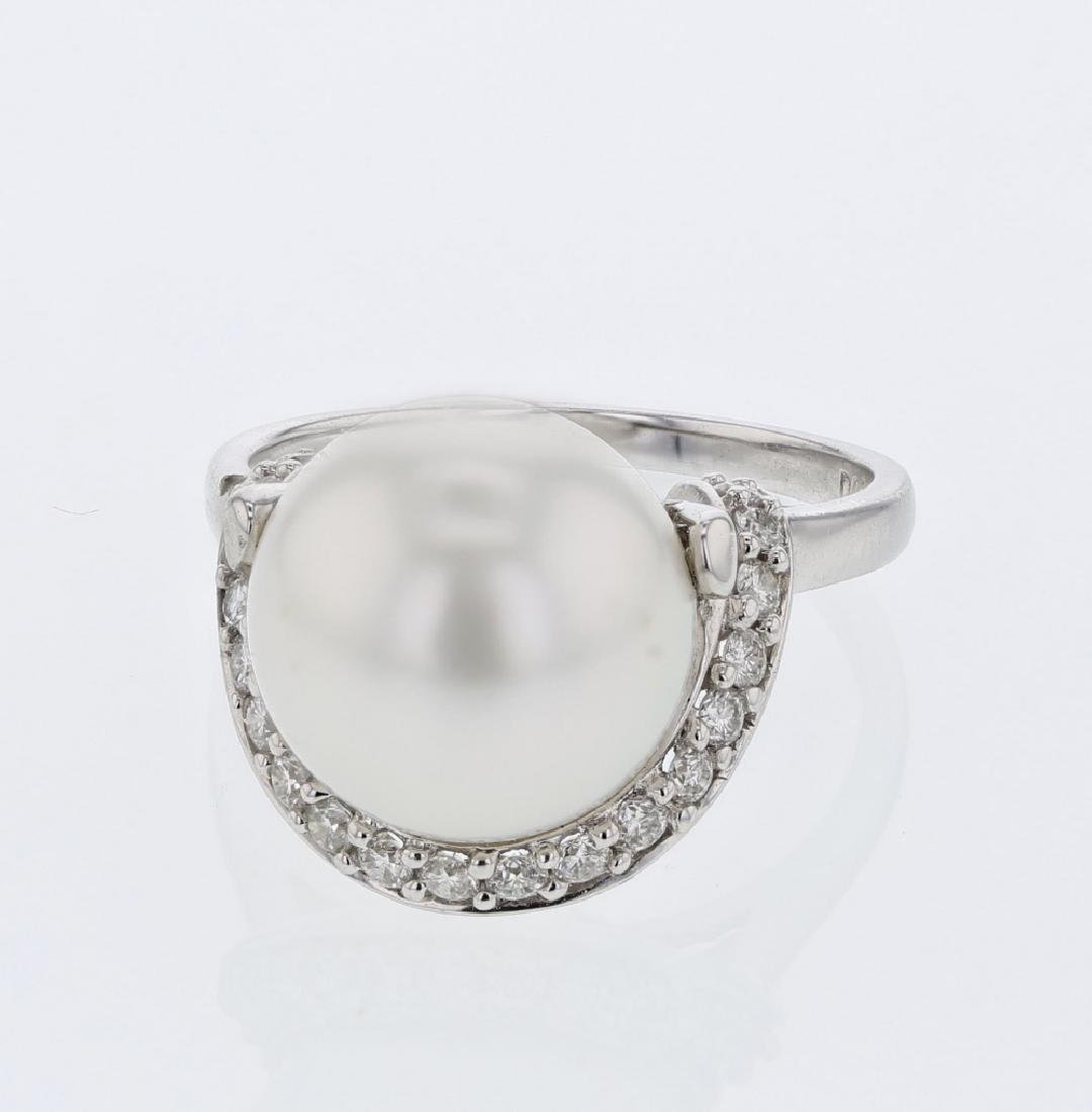 18KT White Gold 11.62ct Pearl and Diamond Ring