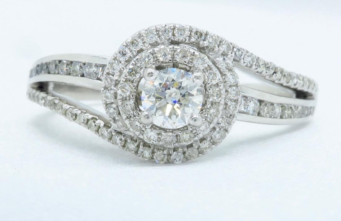 14KT White Gold 0.68ctw Diamond Ring - 2