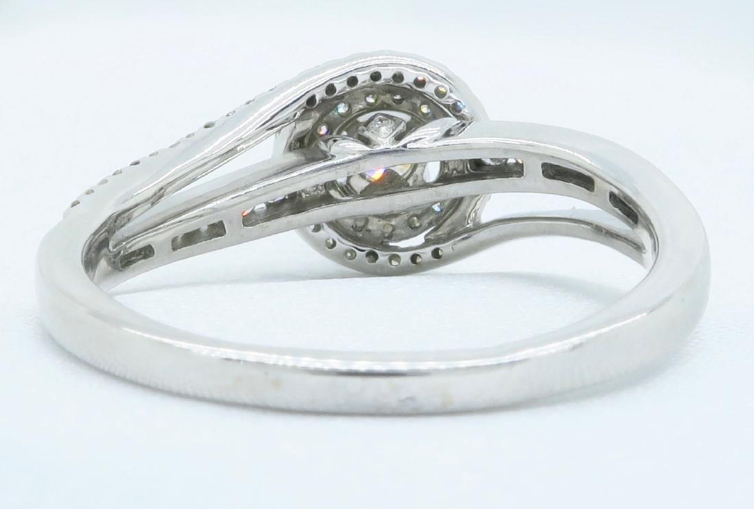 14KT White Gold 0.68ctw Diamond Ring - 6