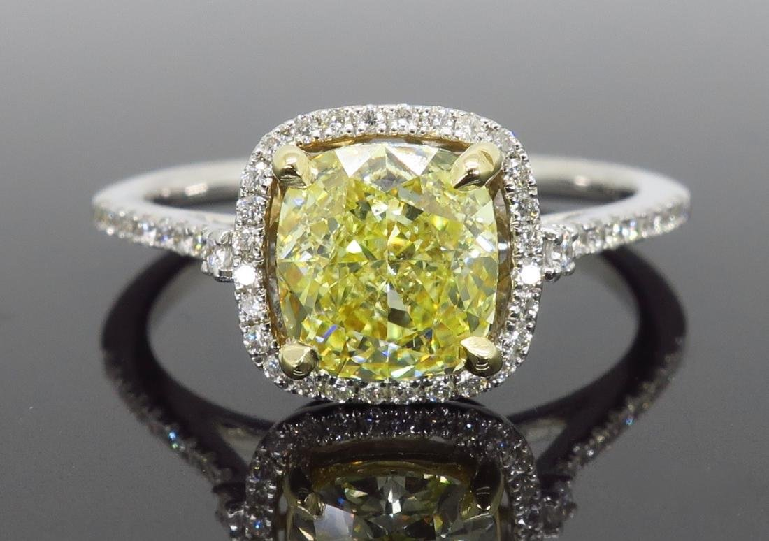 14KT Two Tone Gold 1.42ct Fancy Light Yellow Diamond - 2