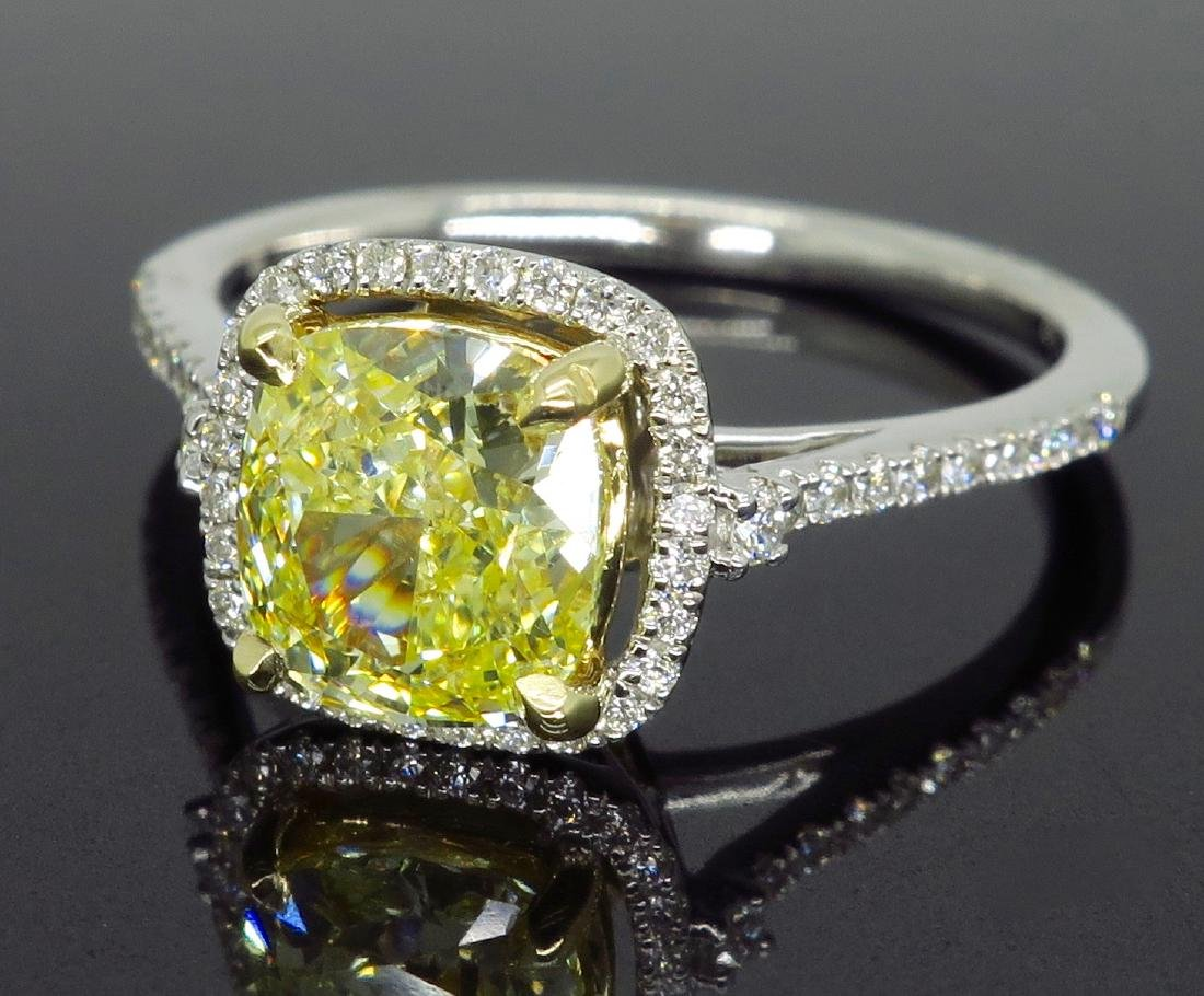 14KT Two Tone Gold 1.42ct Fancy Light Yellow Diamond - 3
