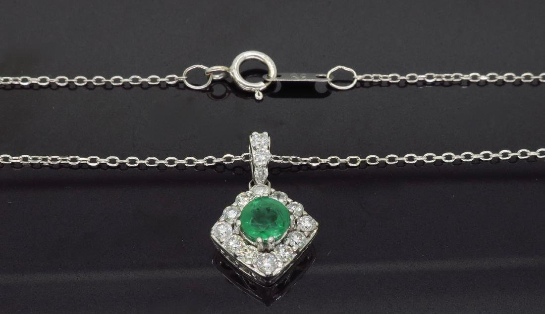 14KT White Gold 0.40ct Emerald and Diamond Pendant with - 4