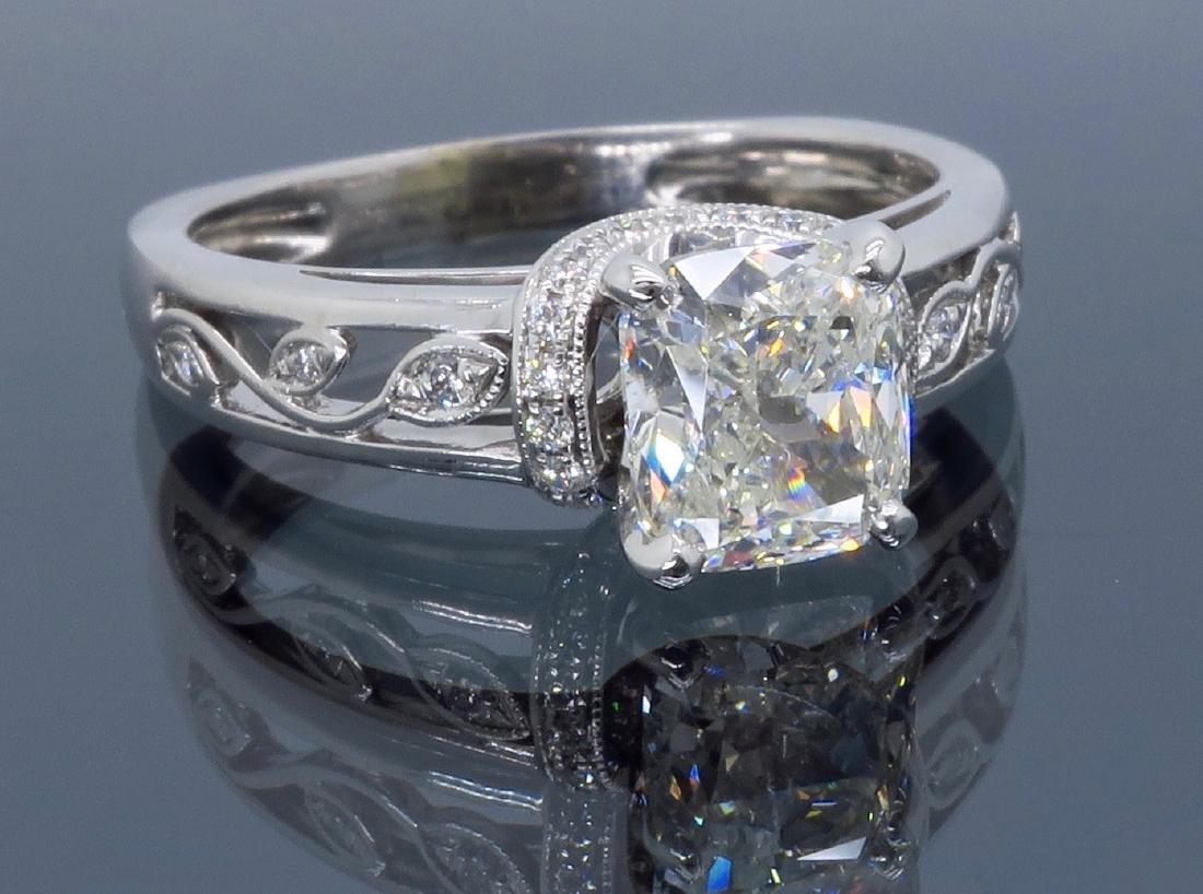 18KT White Gold 1.37ctw Diamond Ring - 8