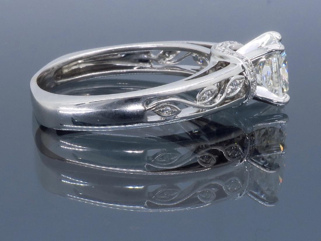 18KT White Gold 1.37ctw Diamond Ring - 9