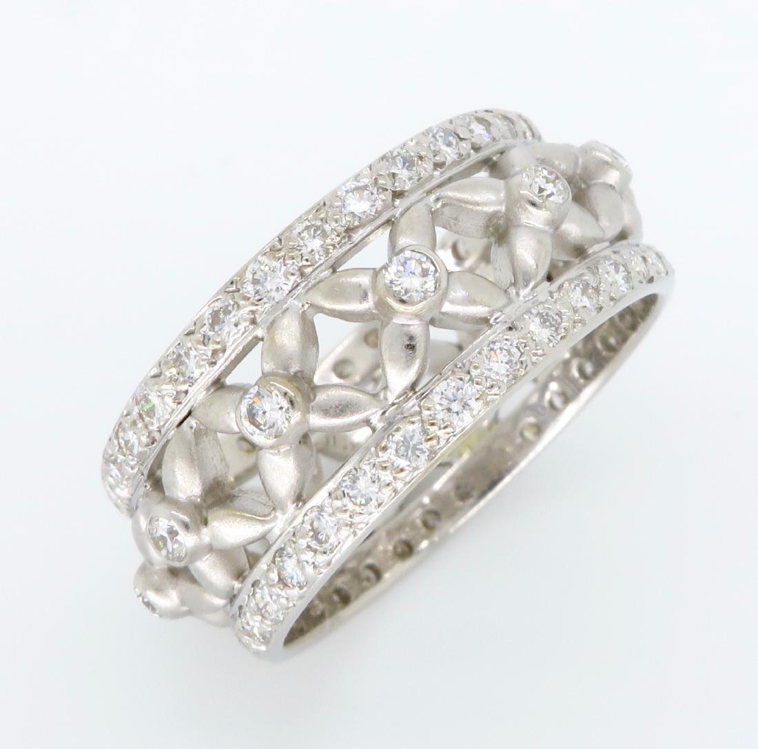 18KT White Gold 1.20ctw Diamond Ring - 4