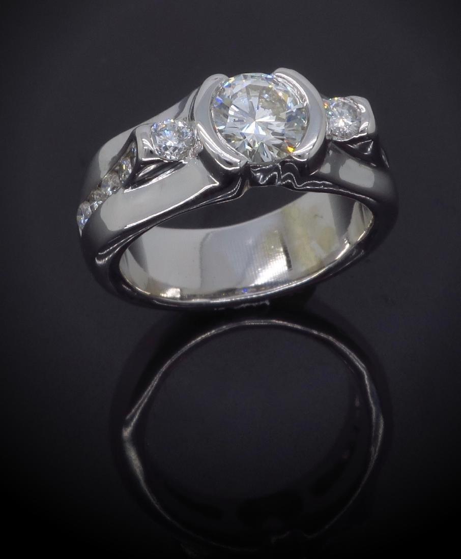 14KT White Gold 1.47ctw Diamond Ring - 4