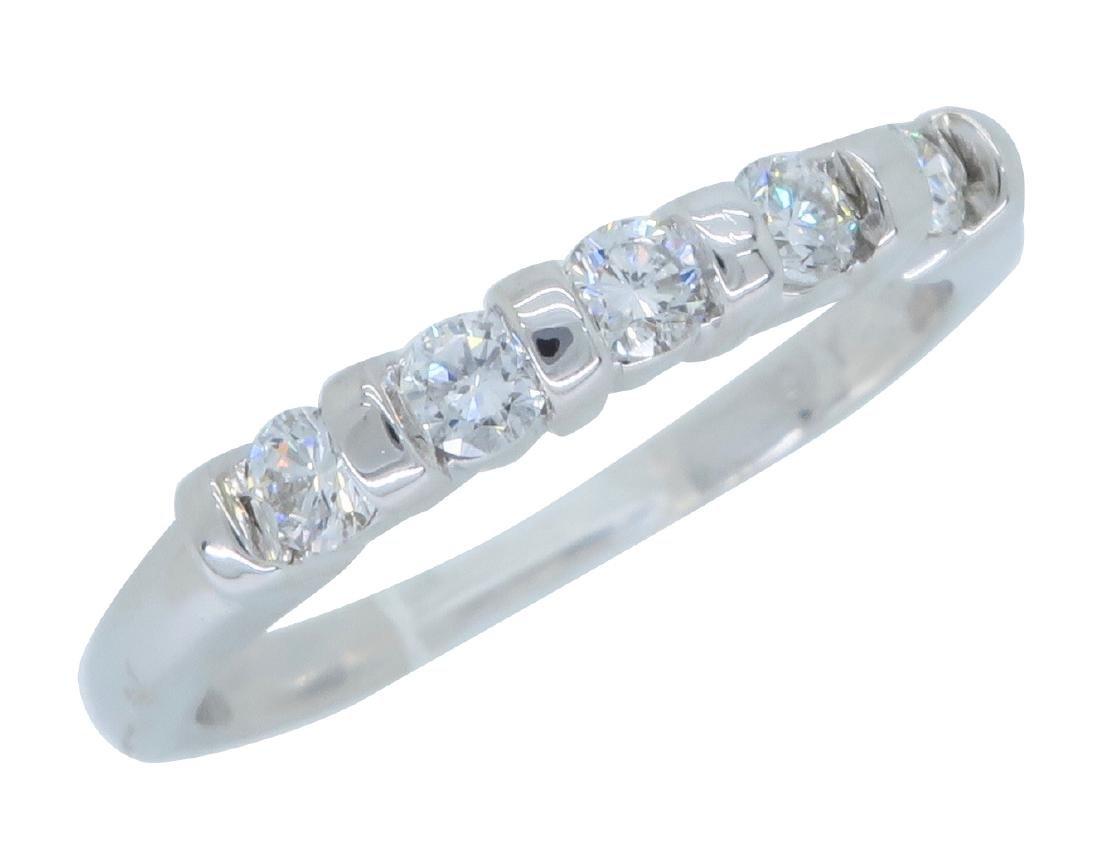 14KT White Gold 0.25ctw Diamond Ring - 3