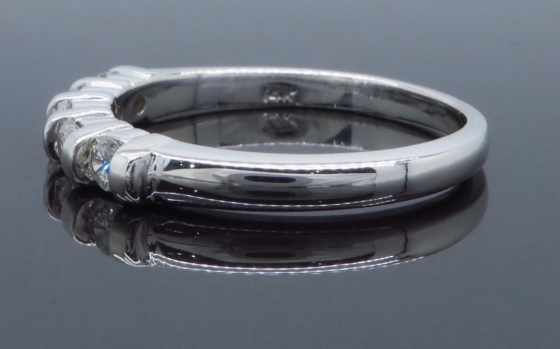 14KT White Gold 0.25ctw Diamond Ring - 6
