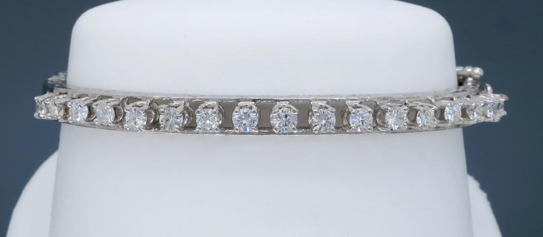 14KT White Gold 1.10ctw Diamond Bracelet - 2