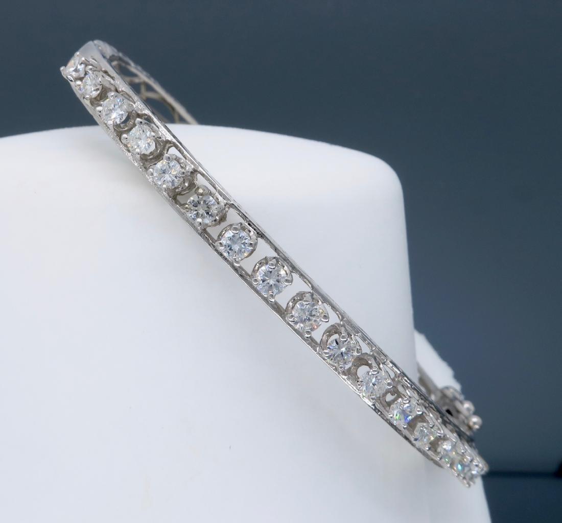 14KT White Gold 1.10ctw Diamond Bracelet - 4