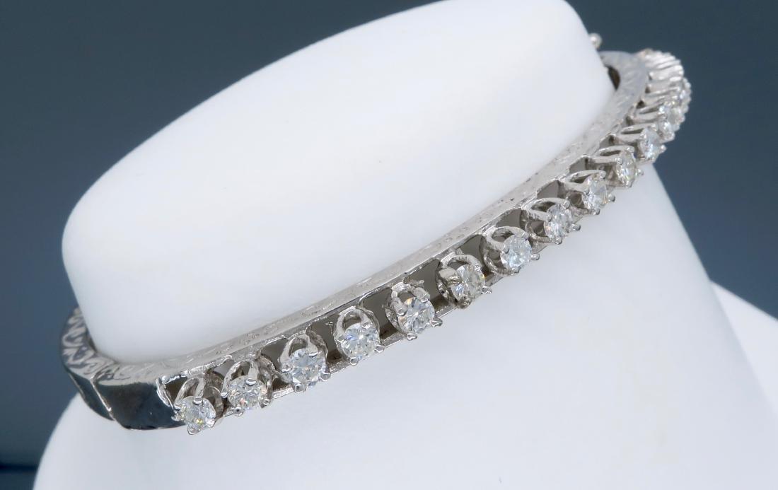 14KT White Gold 1.10ctw Diamond Bracelet - 5