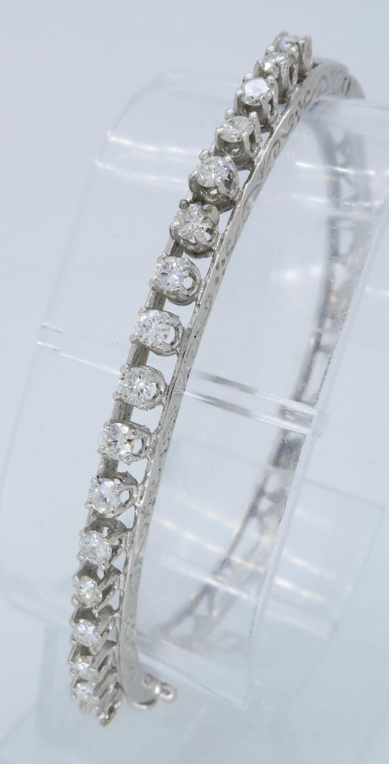 14KT White Gold 1.10ctw Diamond Bracelet - 7