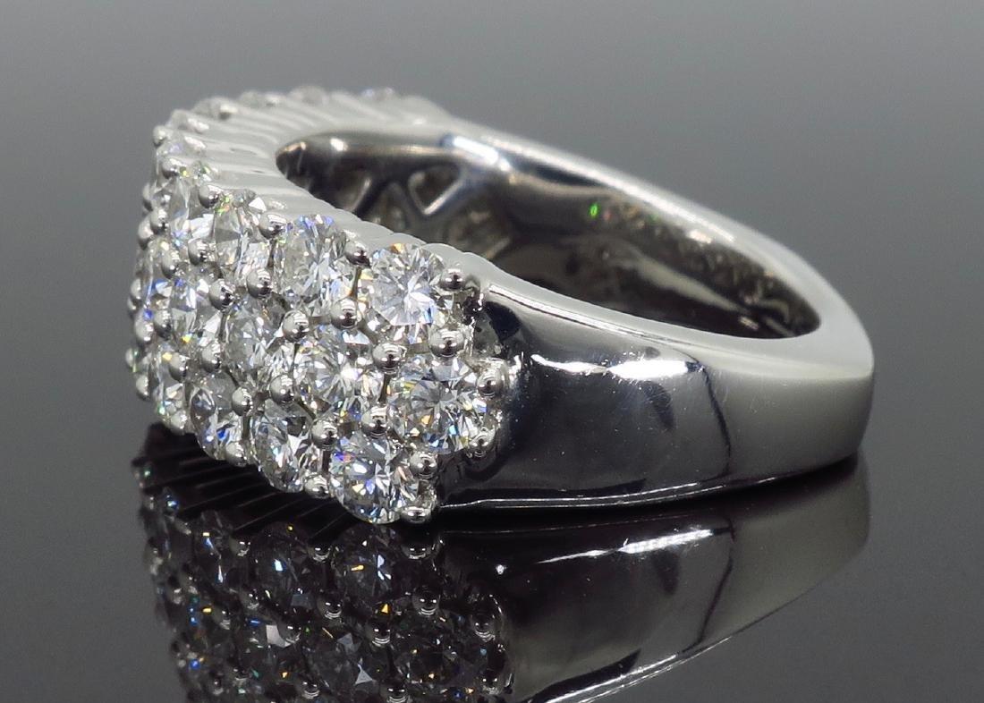 18KT White Gold 2.00ctw Diamond Ring - 3