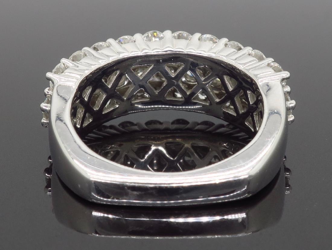 18KT White Gold 2.00ctw Diamond Ring - 5
