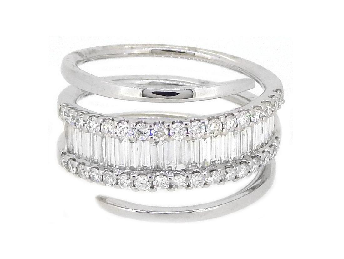 18KT White Gold 1.01ctw Diamond Ring