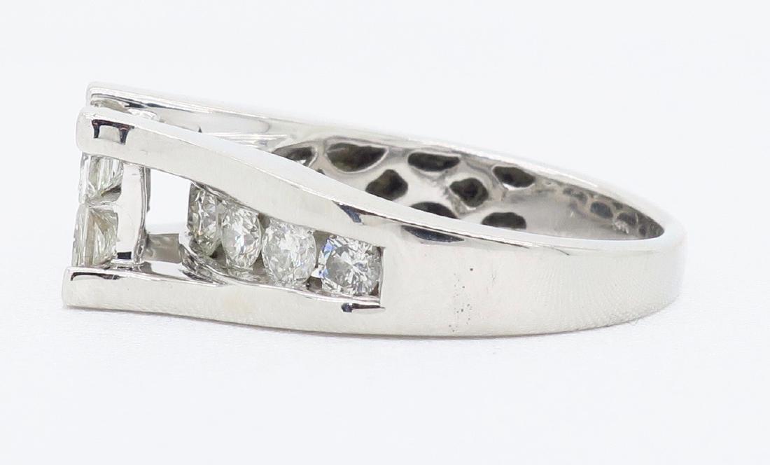 14KT White Gold 2.00ctw Diamond Ring - 3