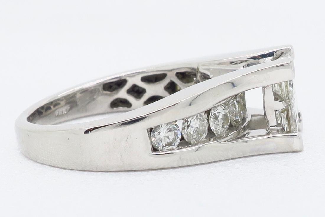 14KT White Gold 2.00ctw Diamond Ring - 5