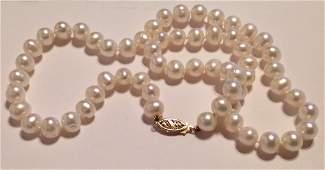 Estate vintage fine 14k gold white pearl necklace
