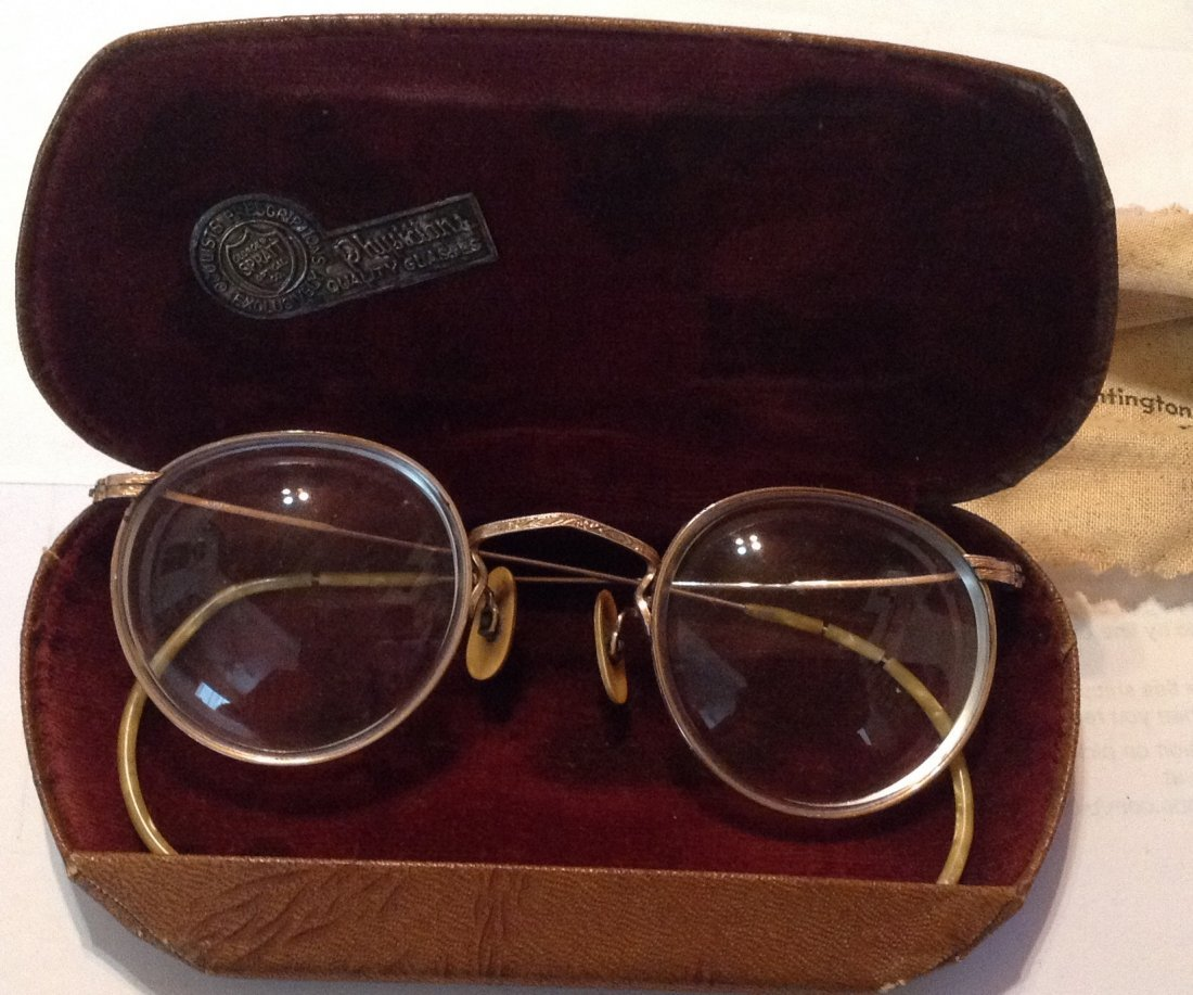 Estate antique goldfilled spectacles and case (R)