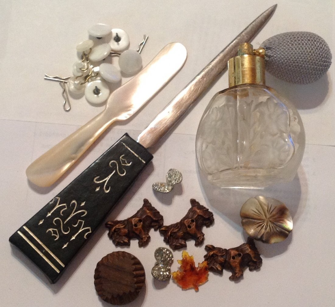 Estate vintage lot miscellaneous items (R)
