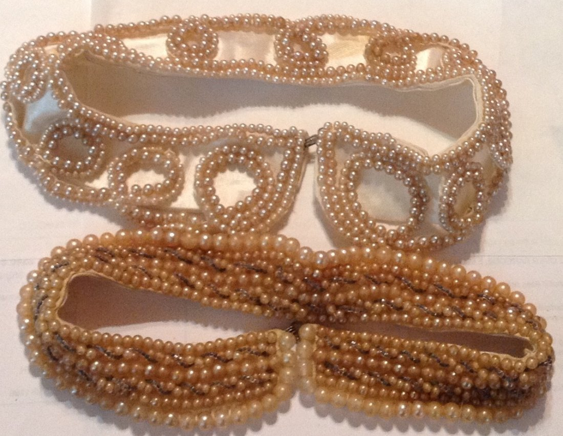 Estate vintage lot of pearl collars (R)