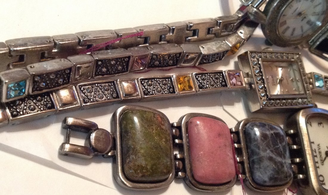 Estate vintage lot of assorted wristwatches  (R) - 3