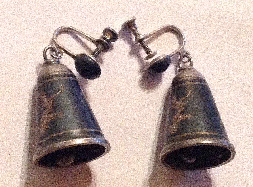 Estate vintage sterling silver Siam enamel bell earring
