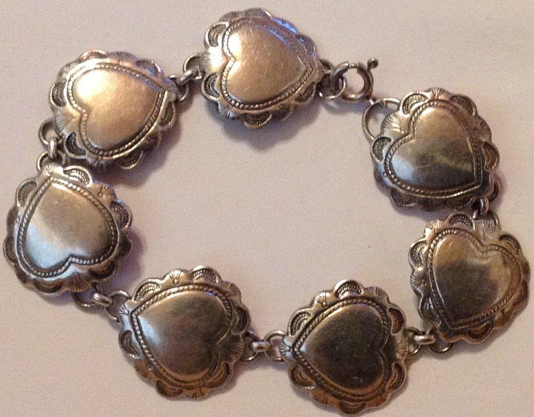 Estate old Sterling silver hearts link bracelet