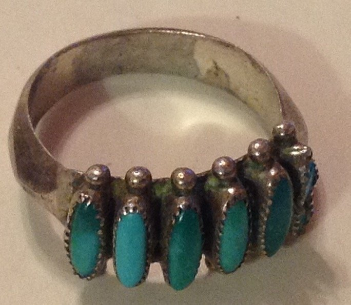 Estate native sterling turquoise petit point ring