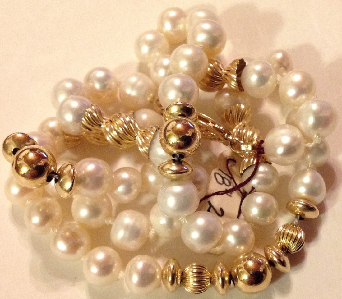 Elegant 14k gold clasp & accents white pearl necklace