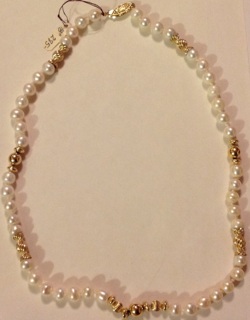 Elegant 14k gold clasp & accents white pearl necklace - 2