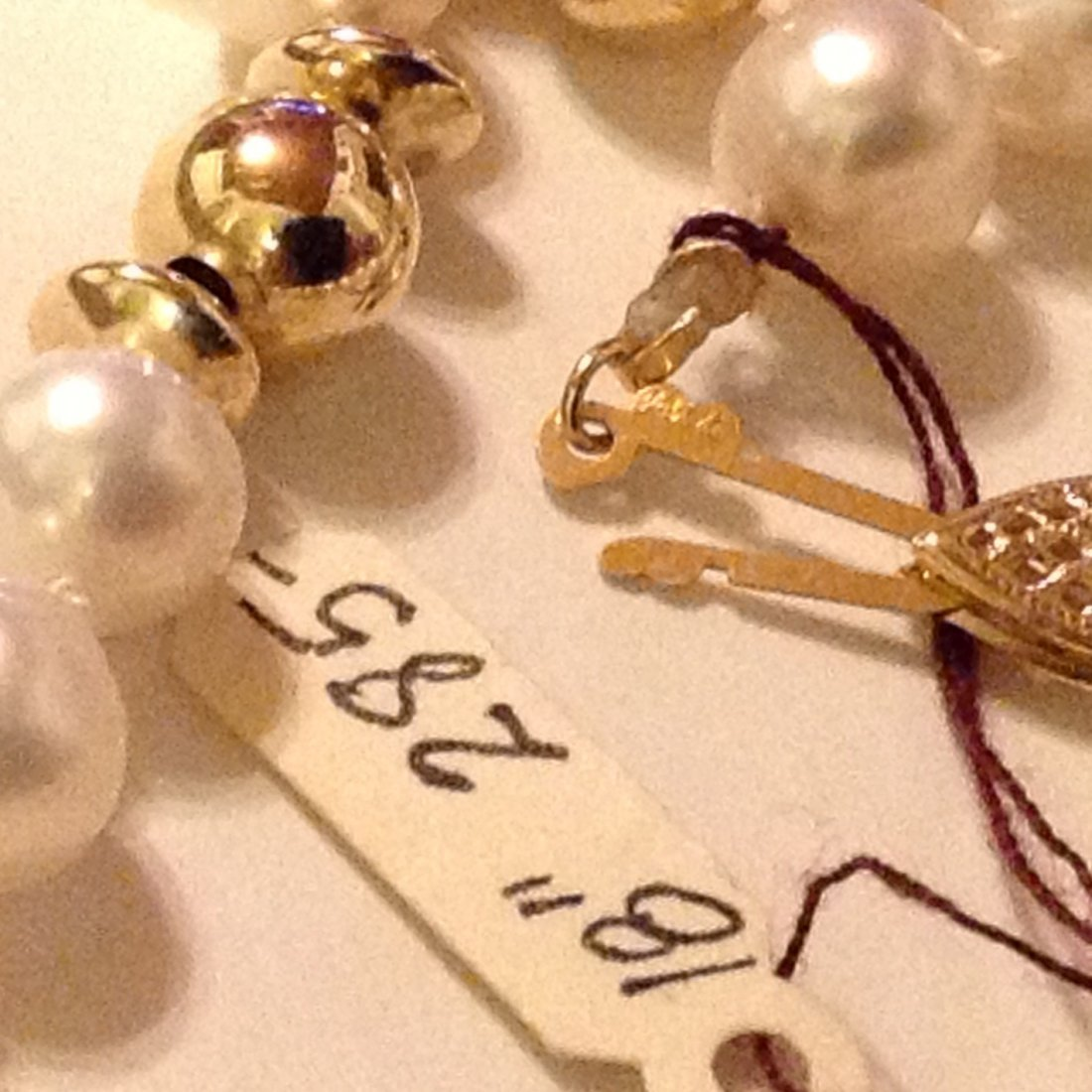 Elegant 14k gold clasp & accents white pearl necklace - 3