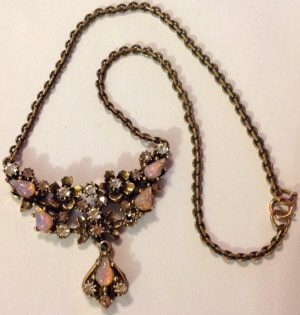 Estate vintage old elegant fashion necklace