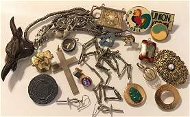 Estate vintage assorted jewlry items