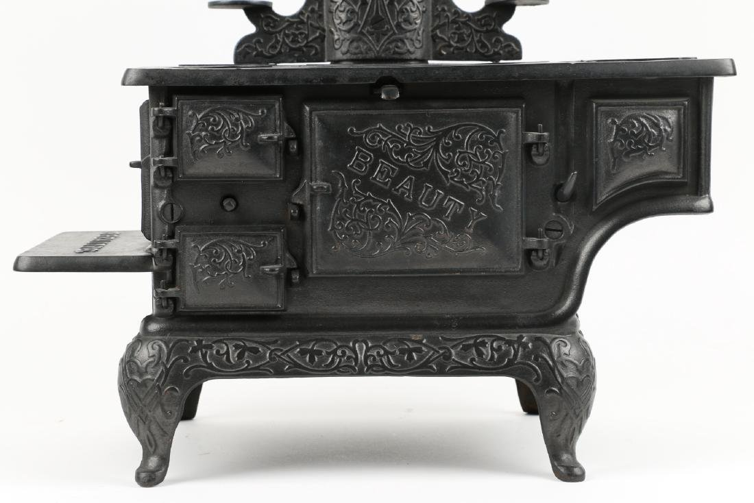 Working Miniature Cast Iron Stove - 3
