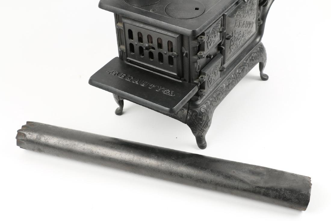 Working Miniature Cast Iron Stove - 6