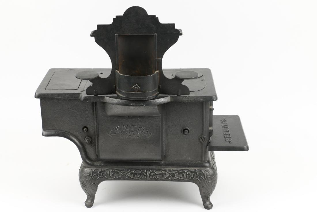 Working Miniature Cast Iron Stove - 9