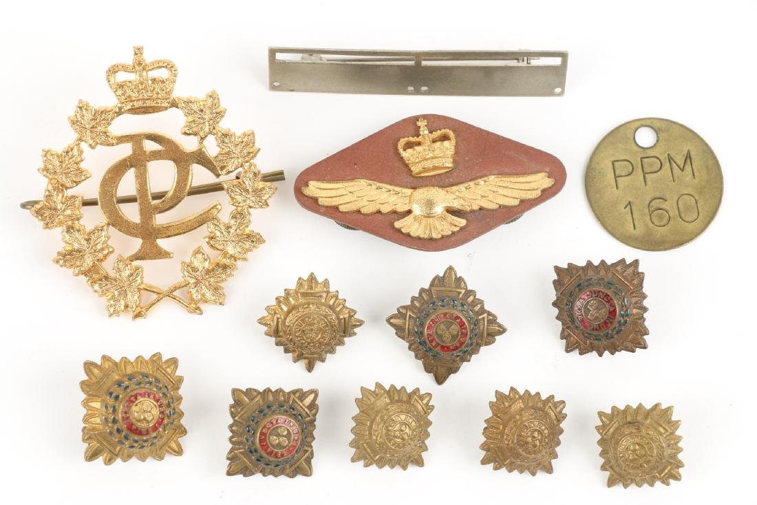 Canadian WWII Badges & Medals - 8